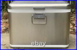 BRAND NEW YETI V Series Cooler Free FAST Shipping SUPPORTING WOUNDED WARRIORS