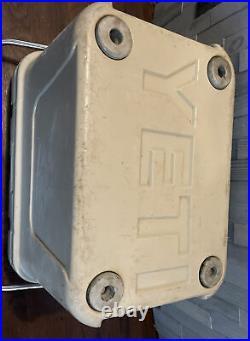 BUILT TO LAST Yeti Used Roadie 20 Cooler Buy The Best Yeti Roadie