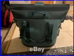 Brand New YETI Hopper M30 Soft Side Portable Cooler MAGNETIC SEAL RIVER GREEN