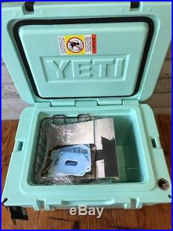 Brand New Yeti Tundra 35 SEAFOAM Hard-Side Cooler Free 2lb