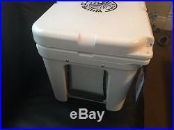 Brand New Yeti White Claw Cooler Tundra 35
