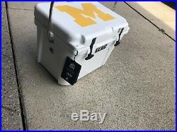 Custom Univeristy Of Michigan Yeti Roadie 20- Never Used Still Has Box And Tags