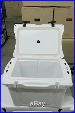 DROP PRICEFrostbite Cooler 48QT White L28W16.25H16.5 Free Ship