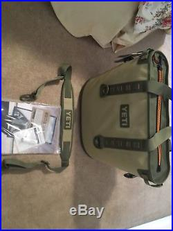 NEW YETI Hopper 30 Soft-Side 6.75 Gallon Waterproof Ice Cooler Olive & Tan NWT