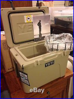 NEW! YETI Tundra 35 qt Cooler TAN Hard Side Ice Chest - YT35T Free shipping