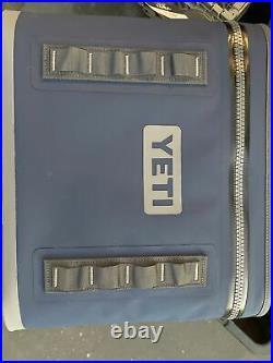 NEW Yeti Hopper Flip 18 Soft Leakproof Cooler Navy