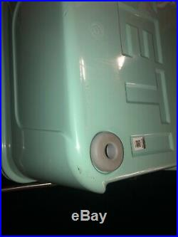 New! Seafoam Yeti Roadie 20qt Tundra Cooler With Tags and Handle (Discontinued)