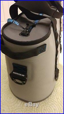 New YETI Hopper 40 Portable Cooler Fog Gray / Tahoe Blue