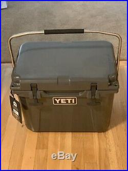 New with tags Yeti Roadie 20 Cooler Charcoal