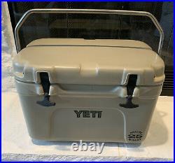 Ultra Rare Yeti roadie 25 cooler Tan