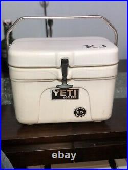 Vintage YETI 15 Quart Cooler Ice Chest RARE
