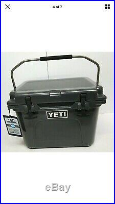 YETI Charcoal Roadie 20 cooler! RARE Hard To find This Limited Edition Color New
