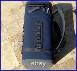 YETI HOPPER BackFlip 24 Soft Cooler Navy GS3130-1 Backpack cooler