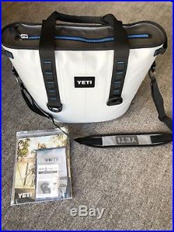 YETI Hopper 30 Portable Cooler Fog Gray/Tahoe Blue