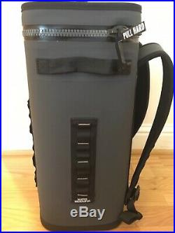YETI Hopper Backflip 24 Soft Sided Cooler/Backpack, Charcoal NEW