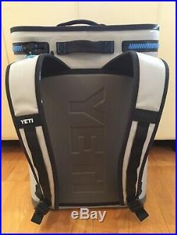 YETI Hopper Backflip 24 Soft Sided Cooler/Backpack, Fog Gray/Tahoe Blue NEW