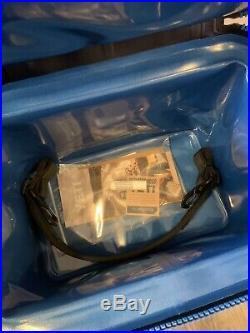 YETI Hopper FLIP 18 can FOG GRAY/TAHOE BLUE Soft Side Cooler BRAND NEW