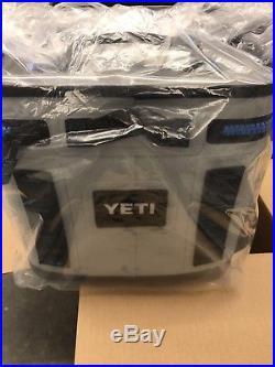 YETI Hopper Flip 8 Cooler Leakproof Fog Gray Brand New