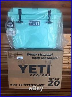 Yeti Roadie 20 Qt Cooler Limited Edition Seafoam Green Brand New