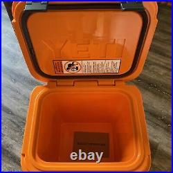 YETI Roadie 24 Hard Cooler King Crab Orange Limited Edition IN HAND