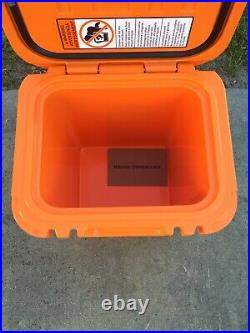 YETI Roadie 24 Hard Cooler King Crab Orange Limited Edition Sold Out New