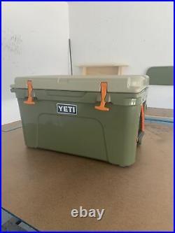 YETI Tundra 45 HIGH COUNTRY Green / Tan Cooler