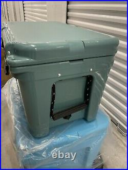YETI Tundra 45 RIVER GREEN Cooler NEW With Tags And Original Box