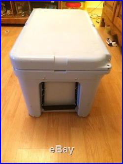 YETI Tundra 65 Qt Cooler Ice Chest Light Blue FREE SHIPPING