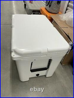 YETI YT105W Tundra 105 Hard Cooler White New In Box No Tag