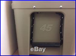 Yeti 45 qt. Desert Tan Tundra Ice Chest Cooler YT45T! AUCTION