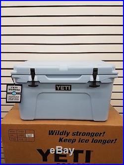 Yeti Cooler Blue Tundra 45 Cooler Size 45 New Yt45b