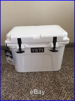 Yeti Cooler Roadie 20Qt White Brand New Never Used