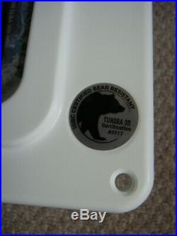 Yeti Cooler Tundra 35 / White / Brand New In Original Box