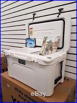 Yeti Cooler White Tundra 45 Cooler Size 45 New Yt45w