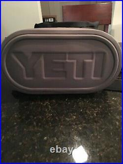 Yeti Hopper 20 Soft Side Cooler Fog Gray (Pristine Condition)