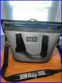 Yeti Hopper 20 Soft Side Portable Cooler Gray withBlue-Pre-Owned, Mint Condition