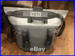 Yeti Hopper 30 Soft Cooler Charcoal BRAND NEW and FREE SHIPPING