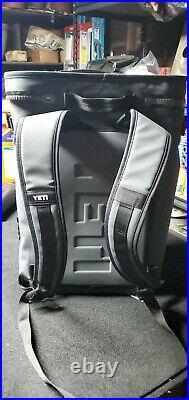 Yeti Hopper BackFlip 24 Soft Sided Backpack Cooler Charcoal (Excellent)
