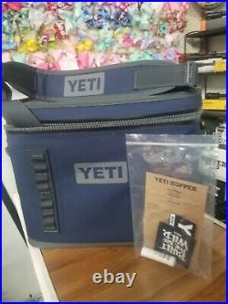 Yeti Hopper Flip 18 Navy Portable Soft Cooler! Brand New