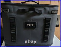 Yeti Hopper Flip 18 Portable Cooler Charcoal