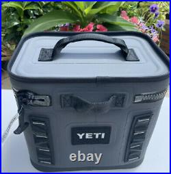 Yeti Hopper Flip 8 Soft Cooler Charcoal -Store Display- In Box -No Tag
