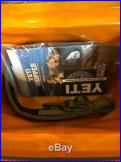Yeti Hopper Flip 8 Soft Cooler Field Tan Brand New! Free Shipping