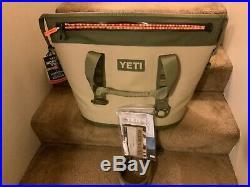 Yeti Hopper Two 30 Leakproof Cooler Portable Field Tan/Blaze Orange YHOPT30T New