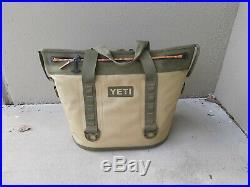 Yeti Hopper Two 30 Soft Cooler Field Tan / Blaze Orange