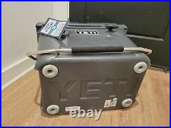 Yeti Roadie 20 Cooler Charcoal (Discontinued) Used