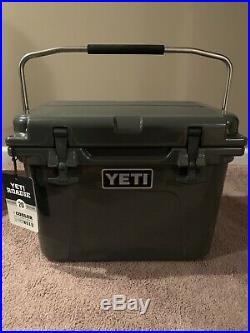 Yeti Roadie 20 Cooler Charcoal Grey