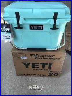 Yeti Roadie 20 Cooler SEAFOAM New In Box