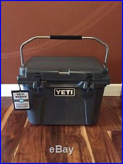 Yeti Roadie 20 QT Cooler in Charcoal
