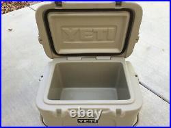 Yeti Roadie 25 Cooler Desert Tan SUPER RARE! The Perfect Size Yeti! Discontinued