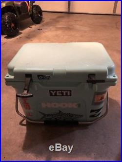 Yeti Roadie Cooler Seafoam Color Used